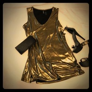 Gorgeous Metallic Gold Tunic